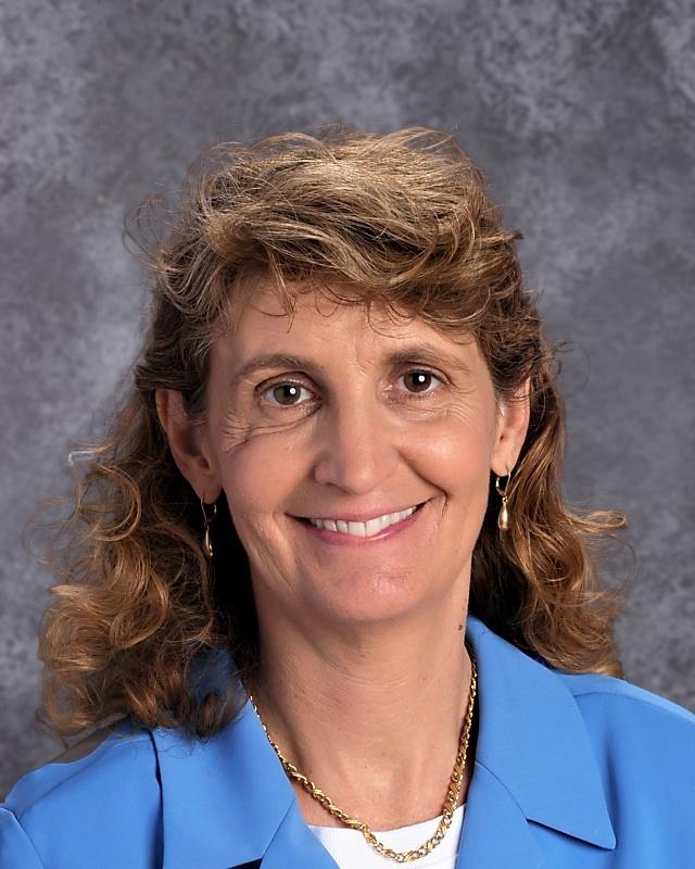 Mrs Eve Montavon